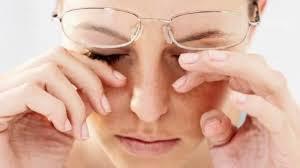 I grassi che combattono l'occhio secco
